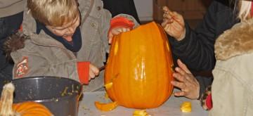 HalloweenKuerbisschnitzen_c_ArcheWarder